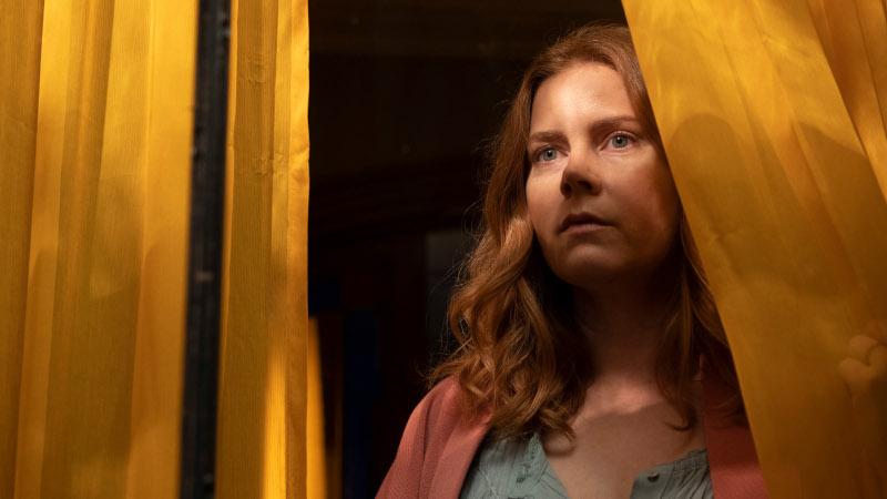 Netflix revela el tràiler de 'La mujer en la ventana'