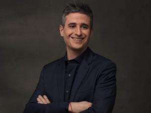 """<span>BAIXA A TV3</span> Lluís Marquina deixa el 'Tot es mou': """"Necessito aturar-me i estar amb la família"""""""