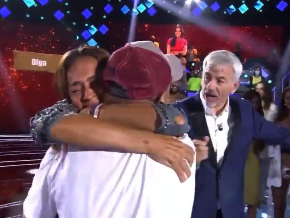 """You are currently viewing <span>POLÈMICA FINAL</span> Olga Moreno guanya 'Supervivientes 2021' i el fill de Rocío Carrasco la felicita en directe: """"ets la millor"""""""