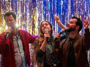 Read more about the article L'estrena de la sèrie 'L'última nit del karaoke' triomfa a TV3 (17,6%)